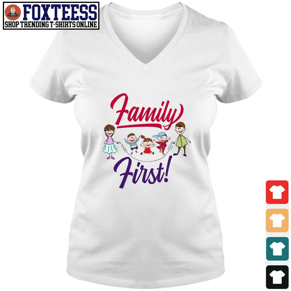 Mom and dad family first s v-neck t-shirt