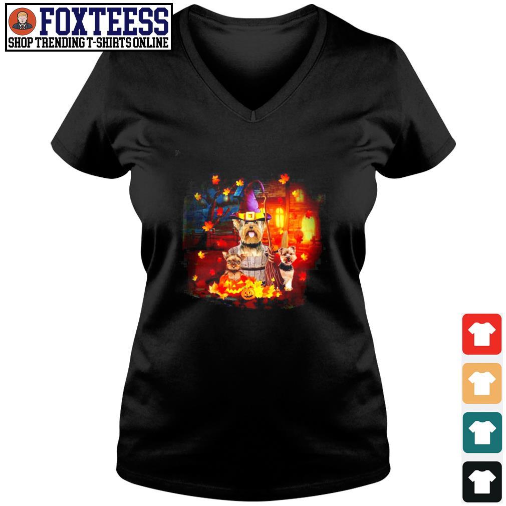 Yorkshire house witch pumpkin halloween s v-neck t-shirt